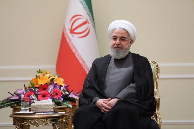"""Irán.- Rohani pide la salida de tropas de EEUU del golfo Pérsico y dice que """"no"""