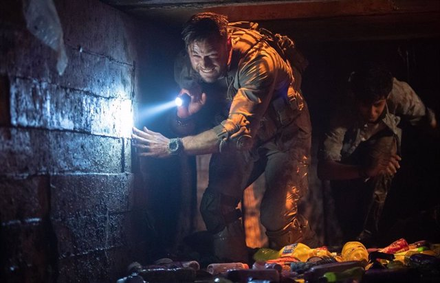 Imagen de Chris Hemsworth en la película Tyler Rake