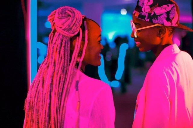Kenia.- El Supremo mantiene la prohibición al estreno de 'Rafiki', que aborda un