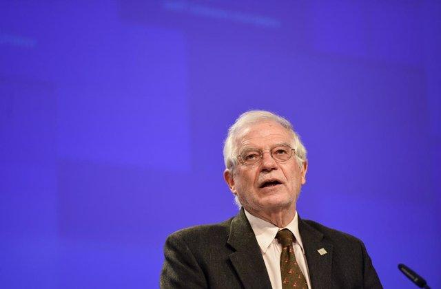 RCA.- Borrell recalca ante el presidente de RCA que las elecciones de diciembre