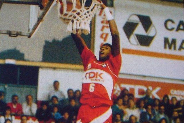 Gerson Victalino, en un partido con el Bàsquet Manresa.