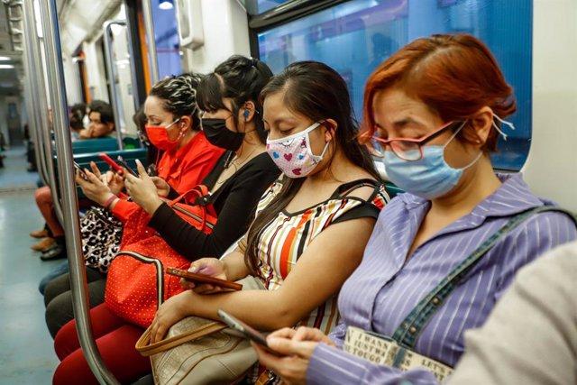 Coronavirus.- México descarta el colapso en su sistema de salud y señala que hay