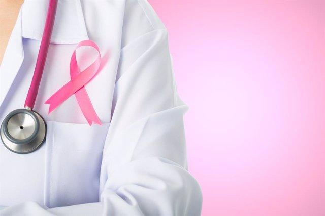 Investigadores españoles desarrollan una nueva terapia para el cáncer de mama HE