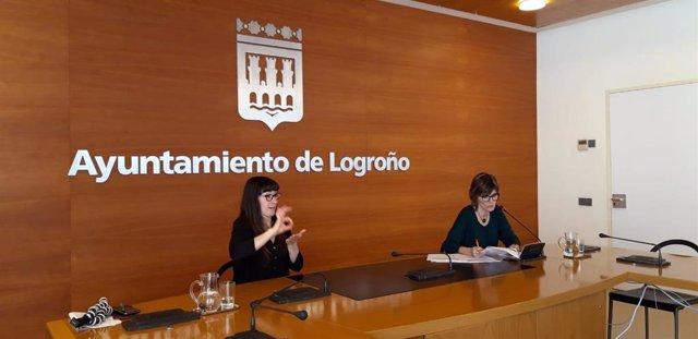 La concejala de Igualdad, Eva Tobías, en la presentación de la guía de atención a las víctimas de violencia de género