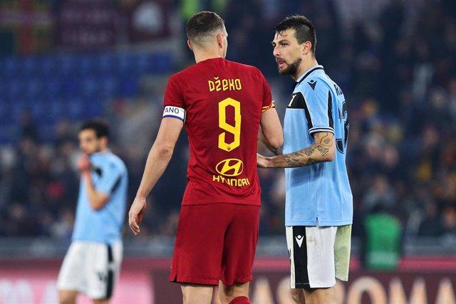 """Fútbol.- El ministro de Deportes italiano avisa que darán """"por cerrada"""" la Serie"""