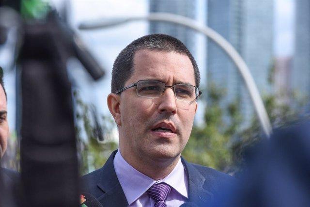 """Coronavirus.- Arreaza exige a Pompeo """"dejar de usar Venezuela"""" para ocultar los"""