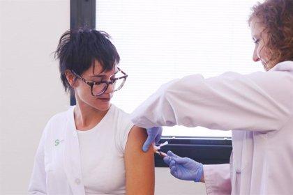 Sanidad trabaja para anticiparse a la compra de vacunas de la próxima temporada de gripe por el Covid-19