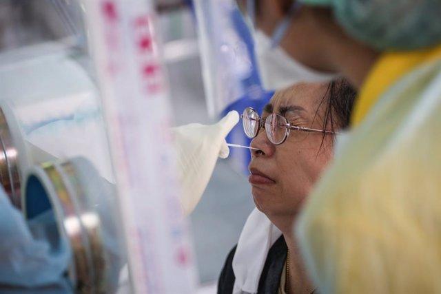 Coronavirus.- Tailandia reabrirá algunos comercios a partir del domingo pero man