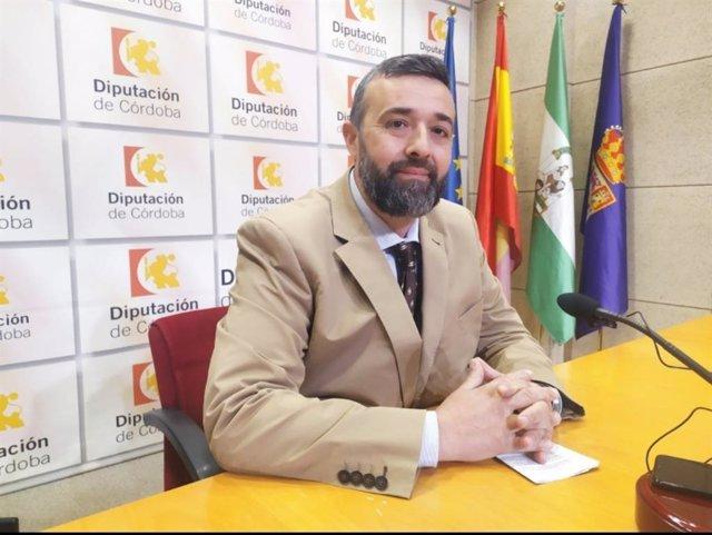 El portavoz y único diputado de Vox en la Diputación de Córdoba, Rafael Saco, en una imagen de archivo.