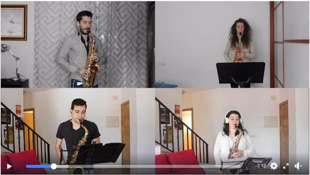Alumnos del aula de saxofón