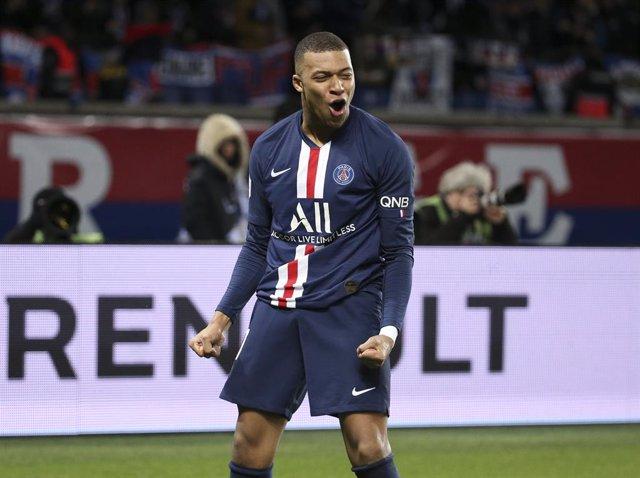 """Fútbol.- La liga francesa se zanja con """"un índice de rendimiento"""" que hace campe"""
