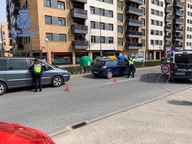 Control de policía nacional en Logroñol