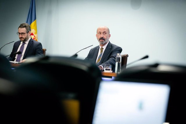 El ministro de Finanzas y Portavoz de Andorra, Eric Jover, y el ministro de Salud, Joan Martínez Benazet.