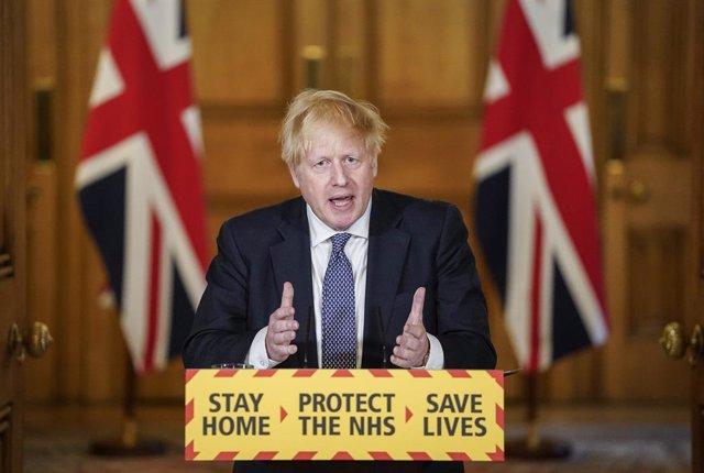 VÍDEO:Coronavirus.- Reino Unido suma 674 muertes con un Johnson que asegura que