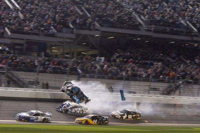 Motor.- La NASCAR se reanudará a partir del 17 de mayo con cuatro carreras en se