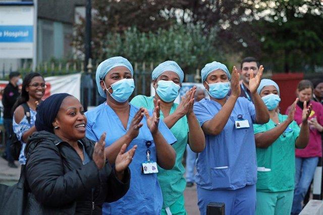Personal médico en Londres