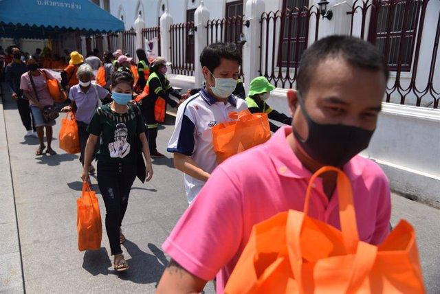 Coronavirus.- Tailandia levantará el domingo la prohibición de venta de alcohol