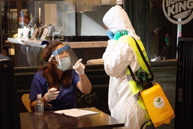 Coronavirus.- Buenos Aires declara obligatorio el uso de mascarillas en espacios