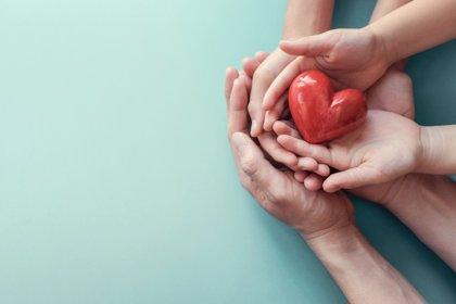 Un estudio evidencia que un estatus económico más alto no siempre se traduce en una mejor salud del corazón