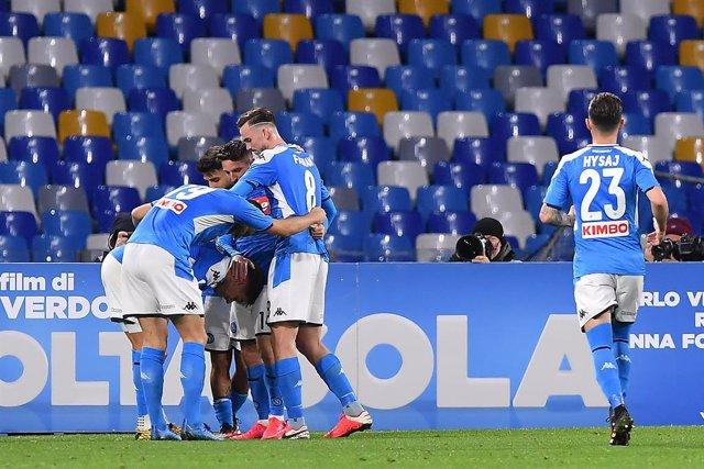 Fútbol.- El Nápoles solicita permiso para entrenar a pesar de las restricciones