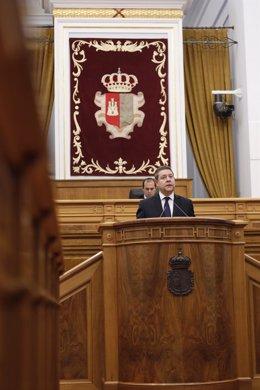 El presidente de C-LM, Emiliano García-Page, en el pleno de las Cortes sobre el Covid-19.