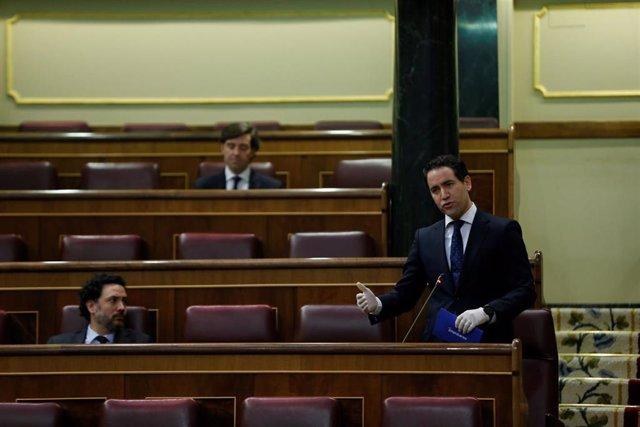 El diputado del PP Teodoro García Egea, interviene en el Congreso
