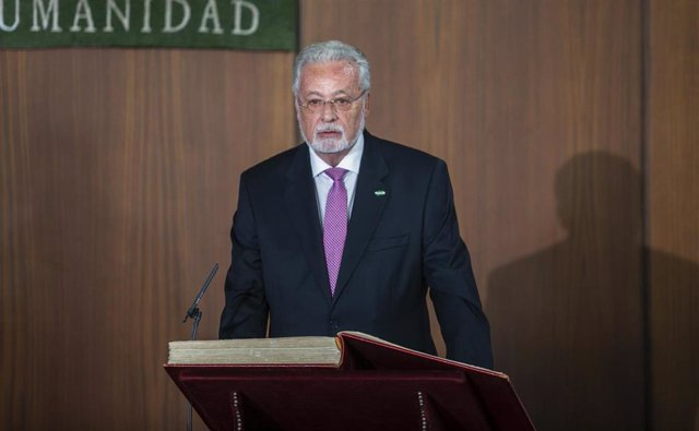 Imagen de la toma de posesión de Jesús Maeztu como Defensor del Pueblo Andaluz el pasado