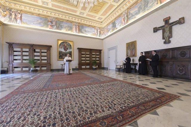Coronavirus.- El Papa reclama vacunas y tratamientos accesibles para todos
