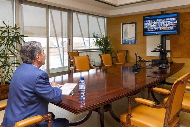 Revilla en la conferencia de presidentes con Sánchez