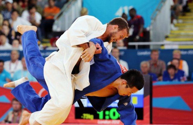 El exjudoca surcoreano Wang Ki-chun, en pleno combate.