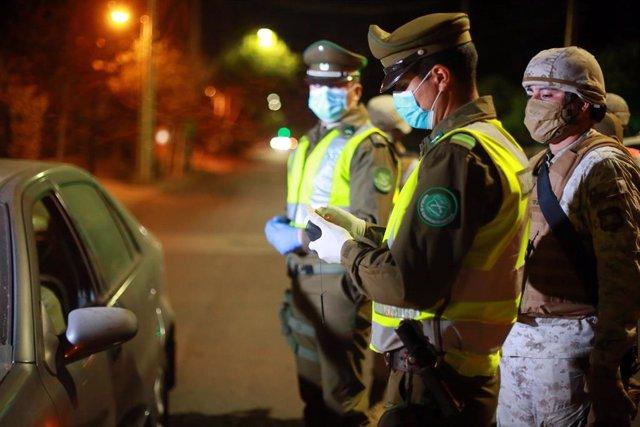 Coronavirus.- Sorprenden a 400 personas en una fiesta en Maipu, Chile, pese a la