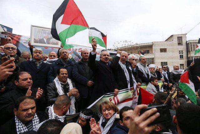 Israel.- El Likud de Netanyahu presenta un proyecto de ley para anexionar a Isra