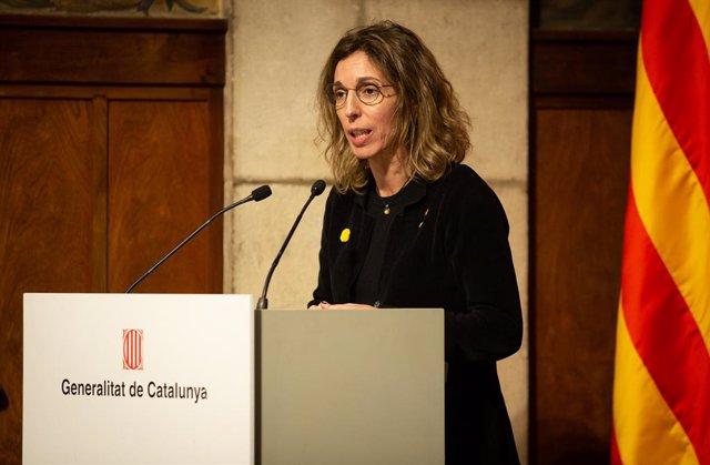 La consellera d'empresa i Coneixement, Àngels Chacón, durant el seu discurs en la presentació de l'Estratègia d'Intel·ligència Artificial de Catalunya, a Barcelona/Catalunya (Espanya) a 18 de febrer de 2020.