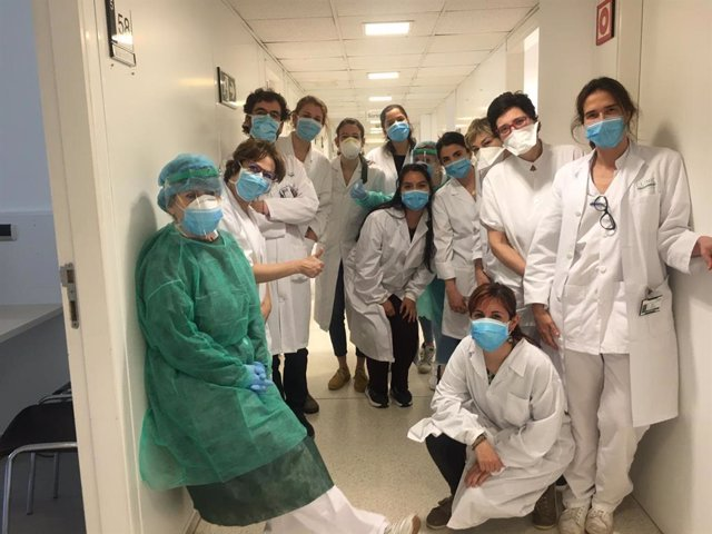 Investigadores de un estudio sobre afectación del coronavirus sanitarios del Hospital Clínic de Barcelona
