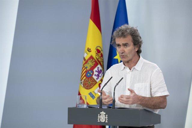 El director del Centro de Alertas y Emergencias Sanitarias, Fernando Simón, durante una comparecencia para actualizar información sobre la evolución de la pandemia del Covid-19 el día en el que se inicia la fase 0 de la desescalada en la mayor parte del t