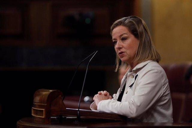 La diputada de CC, Ana Oramas, durante su intervención en el Pleno del Congreso