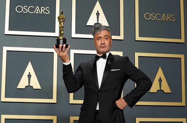 Taika Waititi en la gala de los Oscar