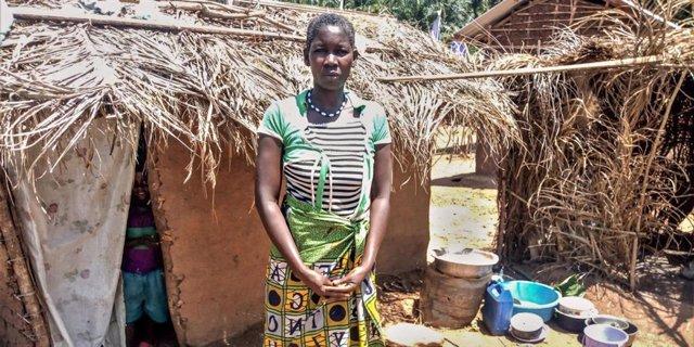 Una mujer desplazada en Kivu Norte, en el este de RDC