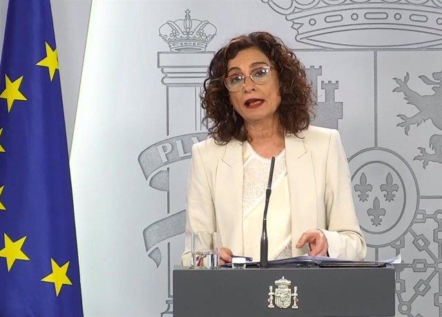 La ministra de Hacienda y portavoz del Gobierno, María Jesús Montero, en la rueda de prensa telemática tras el Consejo de Ministros.