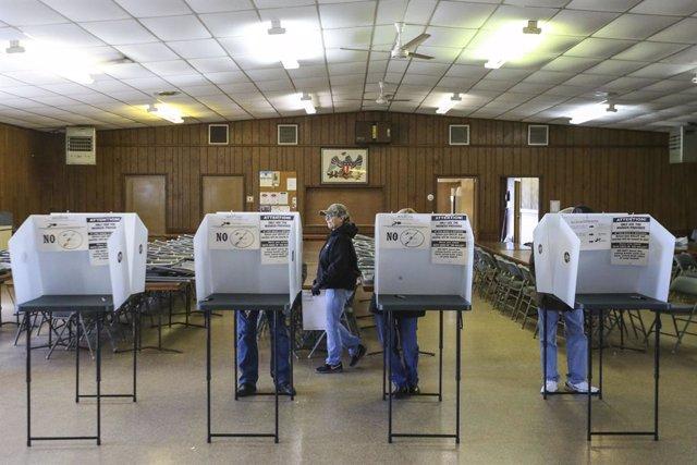 EEUU.- Una jueza falla a favor de realizar las primarias de Nueva York en la fec