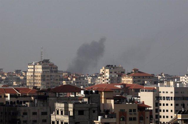 """O.Próximo.- Israel alcanza """"tres puestos militares de Hamás"""" en respuesta al lan"""