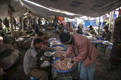"""Asia.- La ONU teme una nueva """"tragedia"""" por los bloqueos a barcos con migrantes en Asia"""