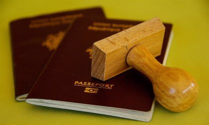 Los riesgos legales y éticos de los pasaportes de inmunidad del Covid-19