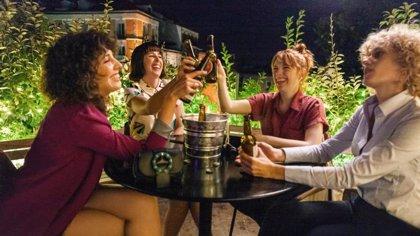 """Las claves de Valeria, el """"híbrido"""" entre Sexo en Nueva York y Girls de Netflix que muestra """"mujeres reales"""""""