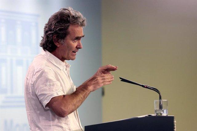 El director del Centro de Alertas y Emergencias Sanitarias del Ministerio de Sanidad, Fernando Simón, durante una rueda de prensa sobre la gestión de la crisis del Covid-19, en Madrid (España) a 6 de mayo de 2020.