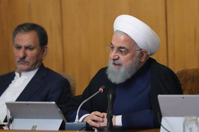 """Irán.- Rohani critica la """"estúpida"""" retirada de EEUU del acuerdo nuclear y advie"""