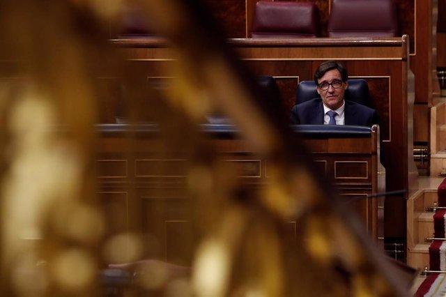 El ministro de Sanidad, Salvador Illa durante el Pleno del Congreso
