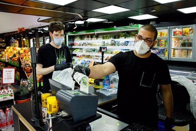 Coronavirus.- Lituania anuncia una nueva desescalada con la reapertura de escuel