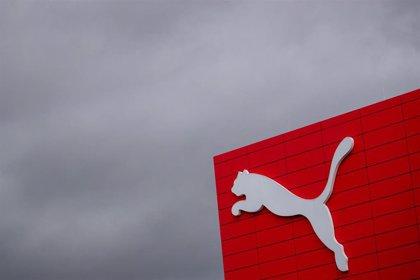 Puma reduce un 61,6% su beneficio hasta marzo y suspende el dividendo