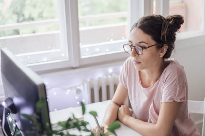 10 consejos para cuidar tu vista mientras teletrabajas